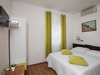 Villa Konalić - Economy Double Room with Garden View