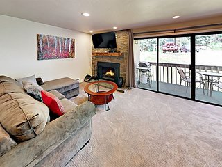 2BR Condo w/ Brand-New Finishes – On Free Shuttle Route to Vail Mountain
