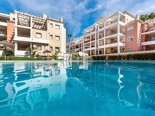 Modern , holiday apartment in River Garden , Marbella