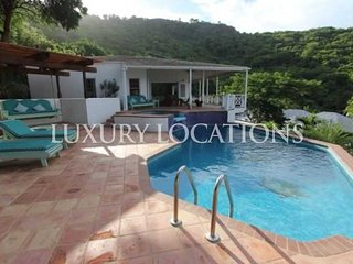 Stunning hill top property just a few steps from the beach!!!