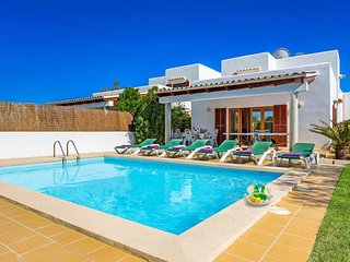 3 bedroom Villa in Cala d'Or, Balearic Islands, Spain : ref 5334598