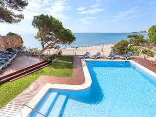 3 bedroom Villa in Castell-Platja d'Aro, Catalonia, Spain : ref 5637461