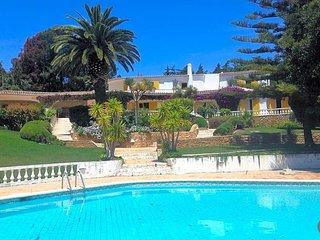 5 bedroom Villa in Montinhos da Luz, Faro, Portugal : ref 5637737