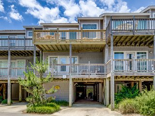 It's About Time | 509 ft from the beach | Community Pool | Corolla