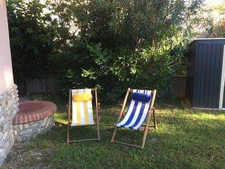 joli studio avec parking et jardin au calme à 100 mètres de la plage