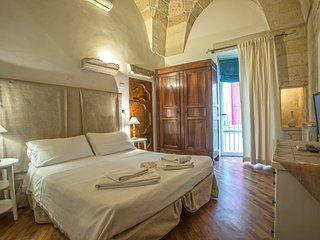 Appartamento con due camere in centro storico con terrazzo e cucina