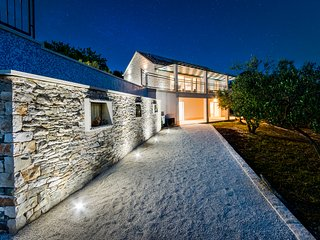 The Olive Tree Villa, Sumartin, Brač, Croatia