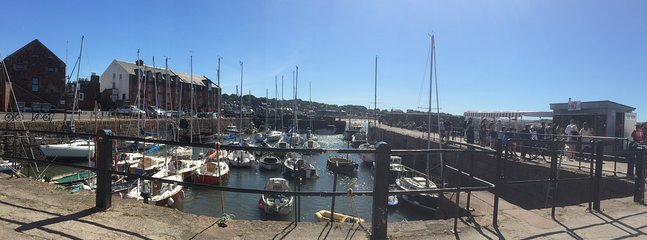 Gorgeous North Berwick harbour