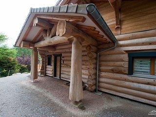 Chalet en Rondins (Red Cedar), proche lac et pistes de ski - services hoteliers