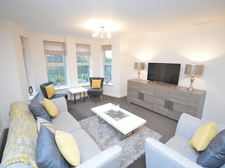 Whitby Vista Apartment, Private Car Parking. Luxury 2 Bedroom / 2 Bathroom