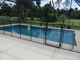 Golf Course Home with Large Heated Pool Close To Beach/ Bike trails