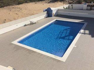 4 Bedroom Town House in Algarve Manta Rota Sleeps 8