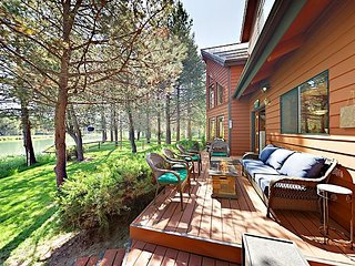 'Otterhouse' - 2BR Getaway w/ Bikes – Prime Locale for Outdoor Enthusiasts