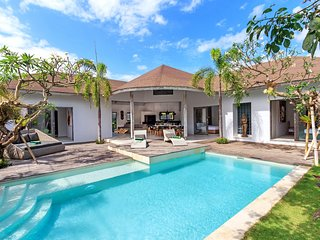 Soulful, Tropical & Traditional - Villa Ohana 3BR