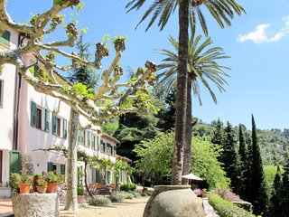 4 bedroom Apartment in Grasse, Provence-Alpes-Cote d'Azur, France : ref 5638225