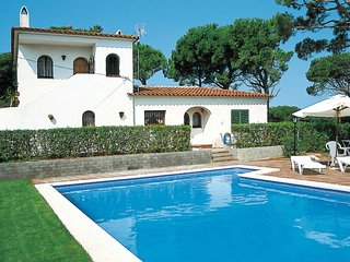 4 bedroom Villa in Mas Pinell, Catalonia, Spain : ref 5638130