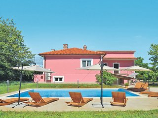 6 bedroom Villa in Strmac, Istarska Županija, Croatia - 5638327