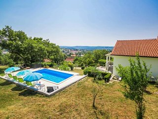 3 bedroom Apartment in Brajkovići, Istria, Croatia : ref 5638515