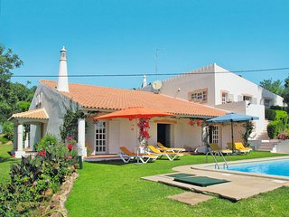 6 bedroom Villa in Cabeço de Câmara, Faro, Portugal : ref 5638711