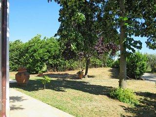 2 bedroom Villa in Castiglione della Pescaia, Tuscany, Italy : ref 5638597