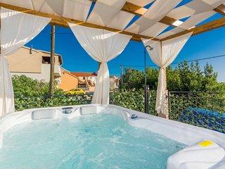 2 bedroom Villa in Bokanjac, Zadarska Zupanija, Croatia - 5638295