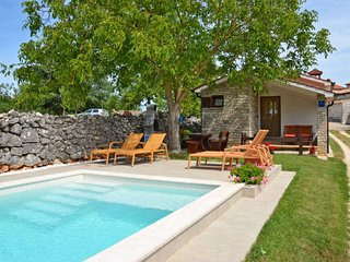 2 bedroom Villa in Vela Traba, Istria, Croatia : ref 5638306
