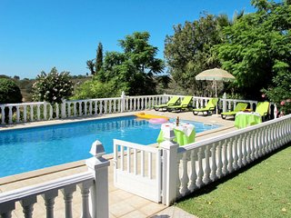 4 bedroom Villa with Pool, Air Con and WiFi - 5638735