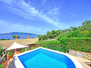 1 bedroom Apartment in Ansedonia, Tuscany, Italy : ref 5638069