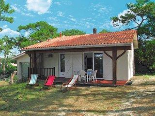 2 bedroom Apartment in Lacanau-Océan, Nouvelle-Aquitaine, France : ref 5638197