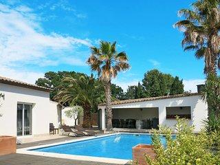 3 bedroom Apartment in Corneilhan, Occitania, France : ref 5638202