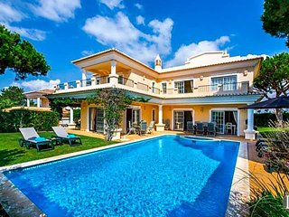 4 bedroom Villa in Vale do Lobo, Faro, Portugal : ref 5433006