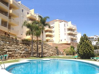 Spacious Living, Stunning Sea Views and Sunny Balcony near Beach & Restaurants!
