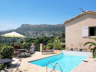 3 bedroom Apartment in La Gaude, Provence-Alpes-Cote d'Azur, France : ref 563824