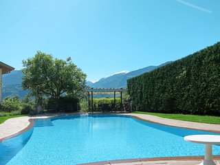 Burgstall Apartment Sleeps 4 with Pool and Free WiFi - 5641523
