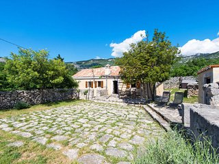 3 bedroom Villa in Jecmiste, Licko-Senjska Zupanija, Croatia - 5638493