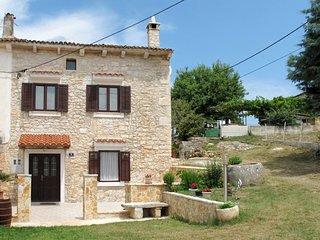 2 bedroom Apartment in Valtura, Istria, Croatia : ref 5638407