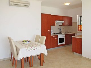 2 bedroom Apartment in Moscenice, Primorsko-Goranska Zupanija, Croatia : ref 563