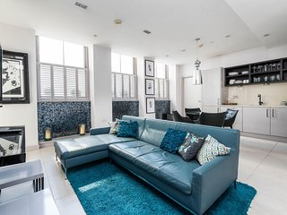 Super Luxury 2 Bedroom Flat City of London