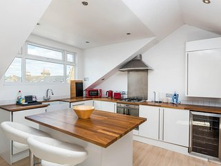 Luxury Modern 1 Bed Loft Conversion Clapham South