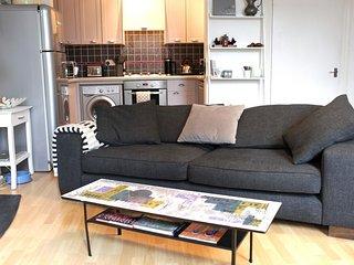 Trendy 2BD flat in West Hampstead