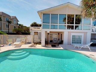 Oceanfront 5 bedroom/ 4 Bath Dune Lane Home