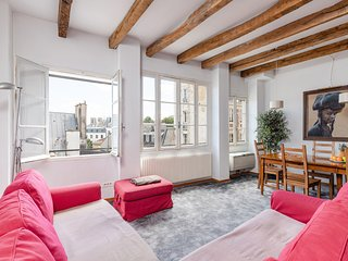 28. CHARMING 2BR IN THE HEART OF ST GERMAIN - VIEW OF NOTRE DAME!