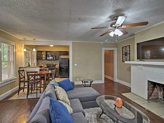 NEW! Cozy Townhome 4 Miles from Downtown Atlanta!