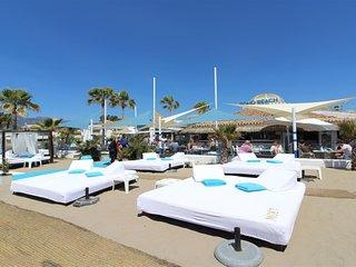 Primera línea playa Marbella, Adosado.