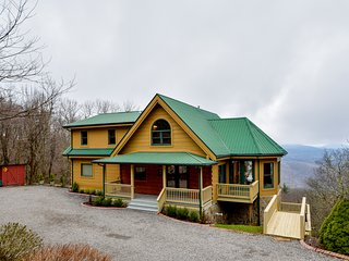 Top of Boone - Family Favorite, Views, Pet Friendly