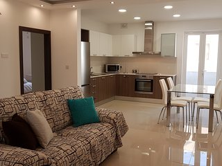 3 Bedrooms Modern Holiday Apartment for Long and Short lets in central Malta