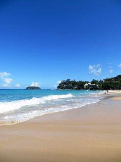 Beautiful Kata Noi Beach (5 minute walk)