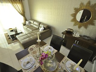 Modern & stylish 1 bedroom apartment - Marina Pinnacle, Dubai Marina
