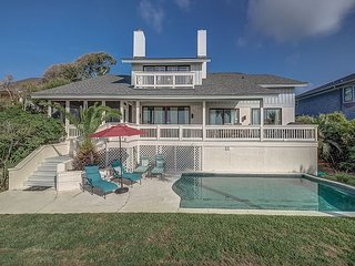 8 Iron Clad - Oceanfront, 5 Bedrooms, Sleeps 14, & Fido Friendly