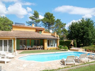3 bedroom Villa in Le Vieux Cannet, Provence-Alpes-Cote d'Azur, France : ref 563